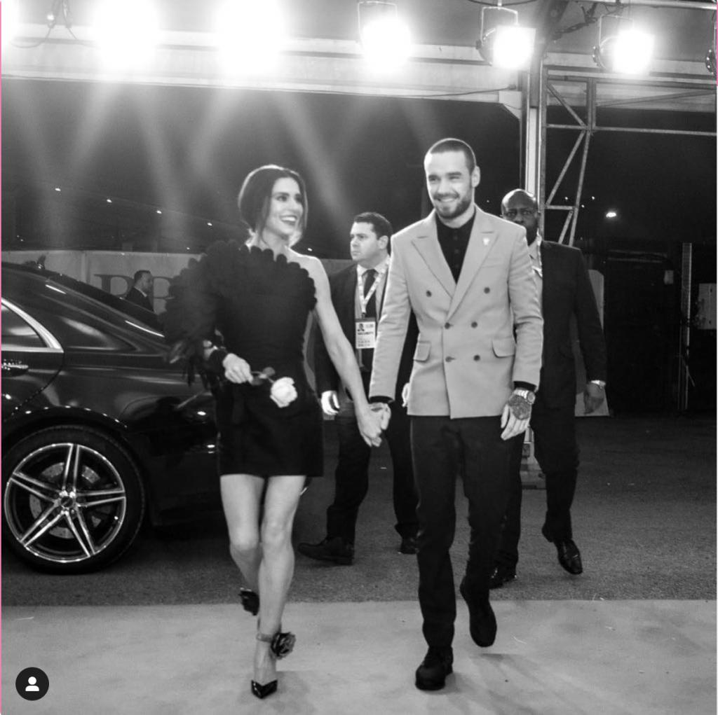 Cheryl Cole & Liam Payne holding hands