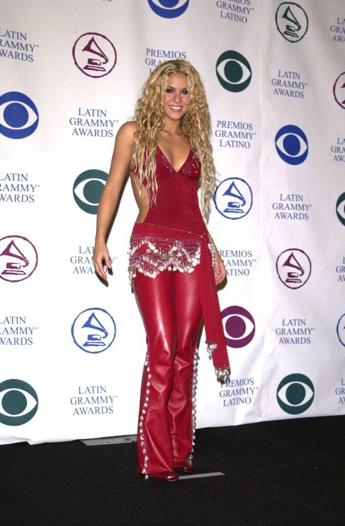 Shakira in a red outfit at the 2000 Latin Grammys