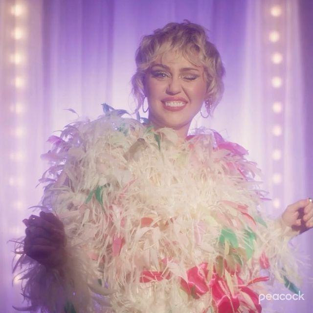 Miley Cyrus glammed up