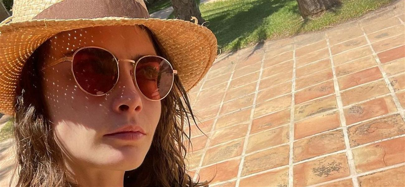 Cara Delevingne Snaps A Selfie In A Strapless Bikini: 'You Can't Be A Pirate Without The Booty'