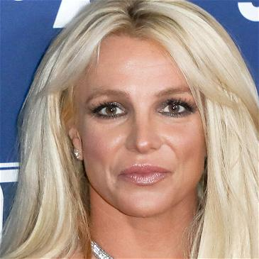Britney Spears Breaks The Internet With Close Up Topless Photos!