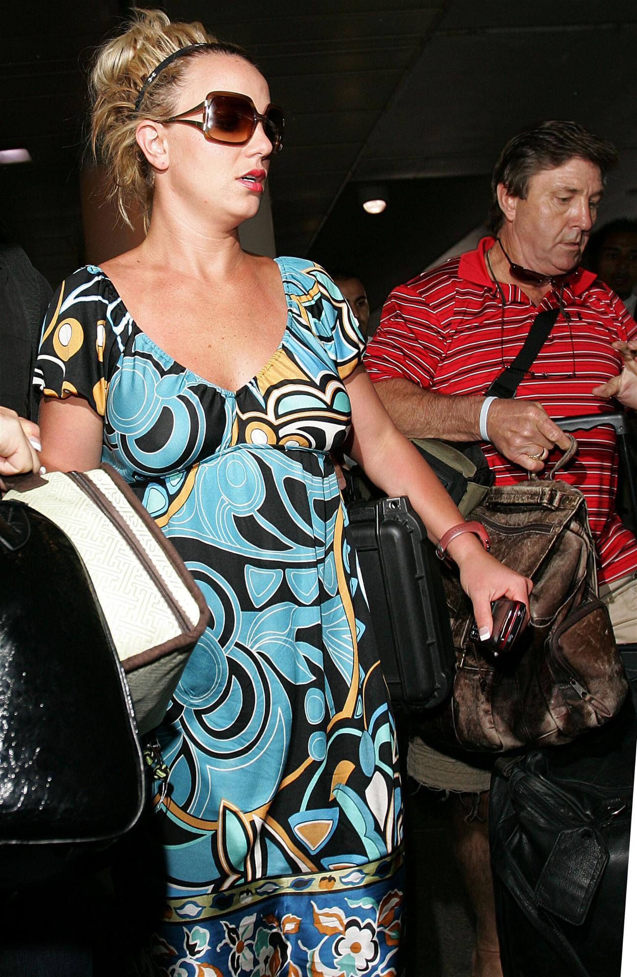 Britney Spears' Father Slammed Over Conservatorship