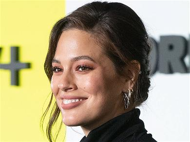 Ashley Graham Twerks & Shows Off Growing Baby Bump For Body Positivity Post