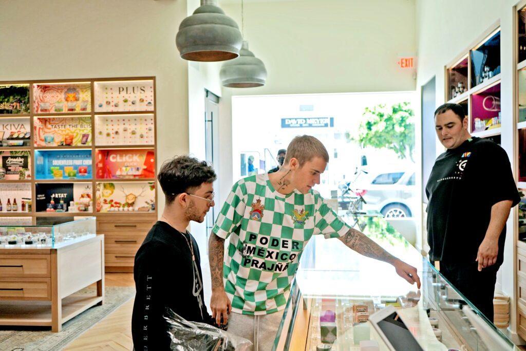 Justin Bieber buying weed
