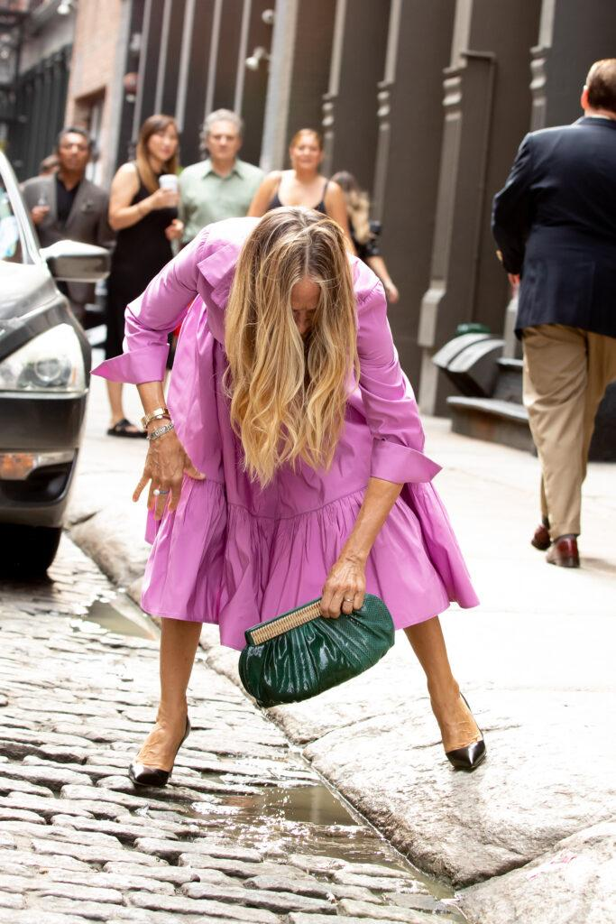 """Sarah Jessica Parker Drops Her Purse in Scene for """"And Just Like That"""""""