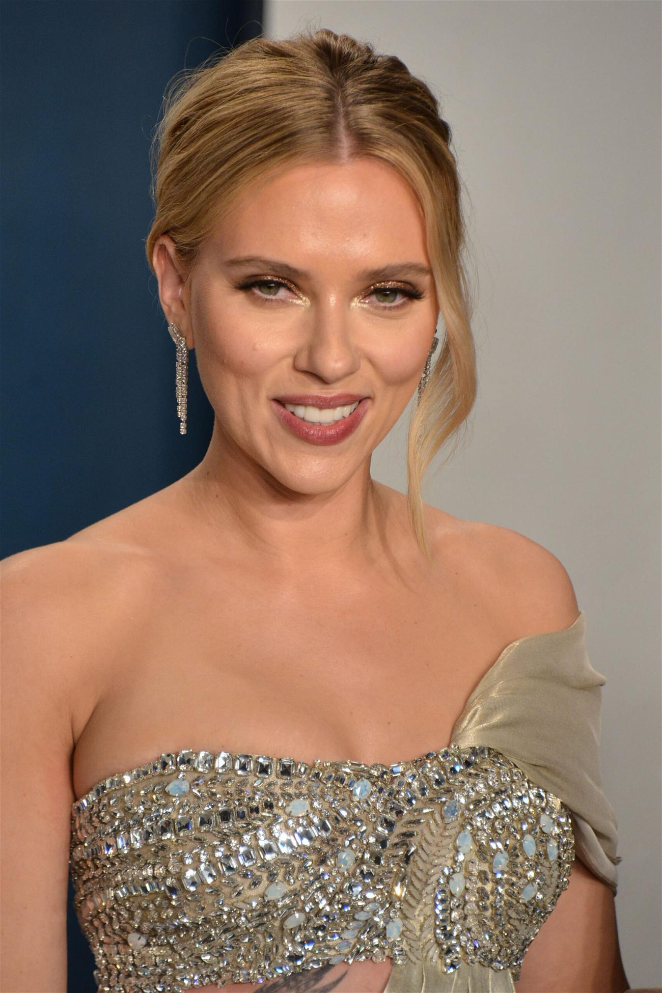 Scarlett Johansson's Agent Blasts Disney Over 'Black Widow' Legal War