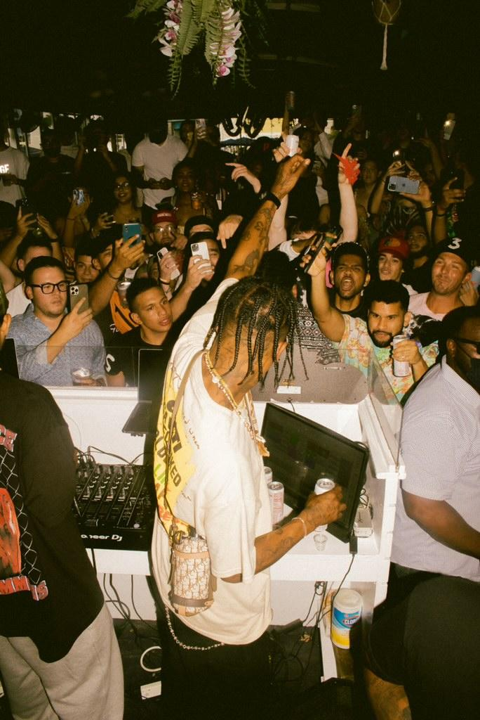 Travis Scott With CACTI And Crowd
