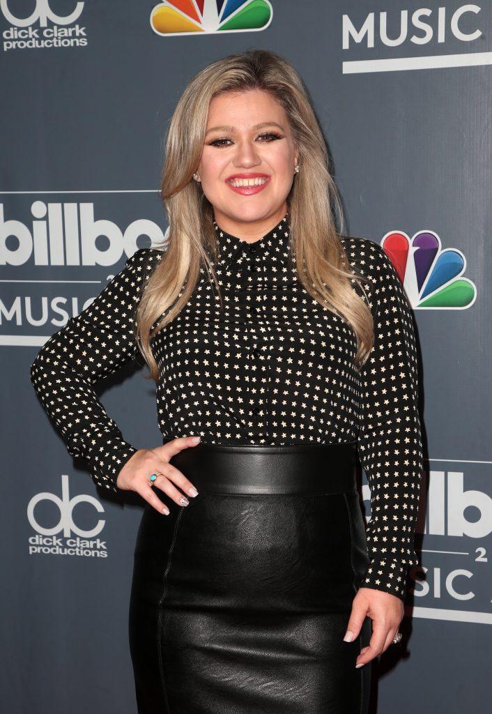 Kelly Clarkson Wants A Divorce ASAP