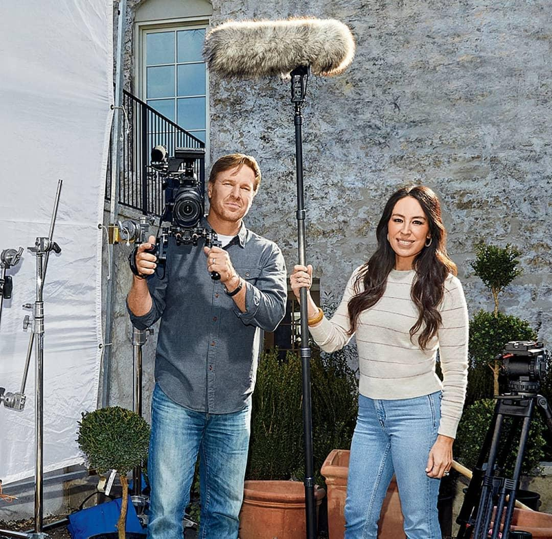 'Fixer Upper' Stars Chip And Joanna Gaines Are Billionaires