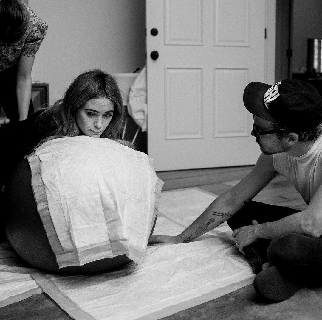 Hilary Duff Shares Photos From At-Home Water Birth