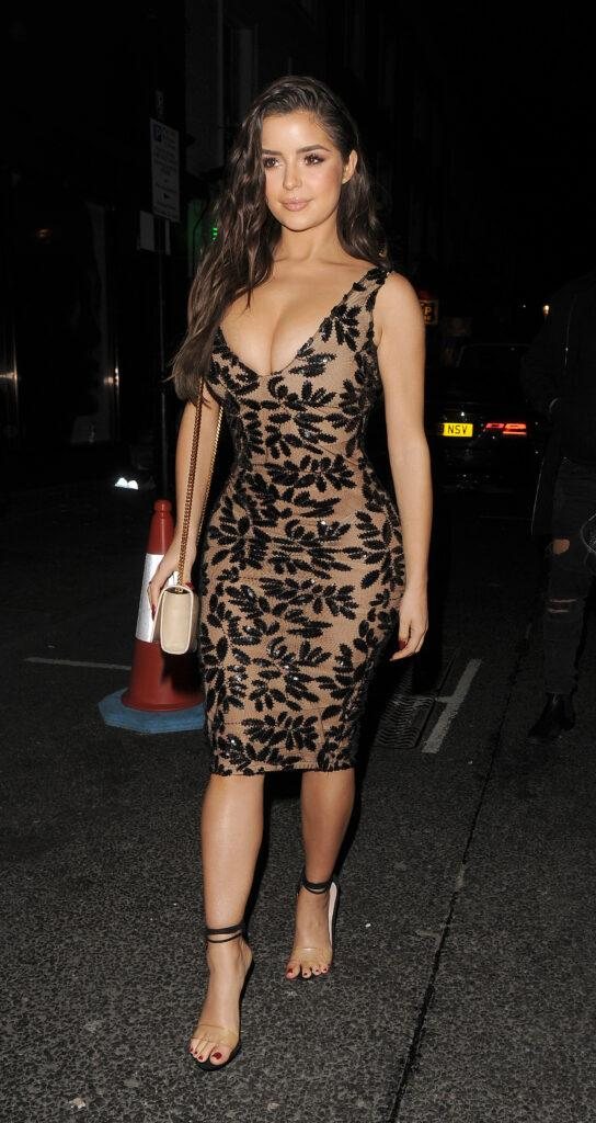 Demi Rose celebrates her birthday with friends at Ciro Pizza Pomodoro in Knightsbridge The group then headed to The Box Club in Soho