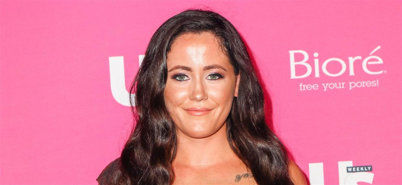Jenelle Evans Rocks Out in Swimsuit for Body Positive Pool Dance