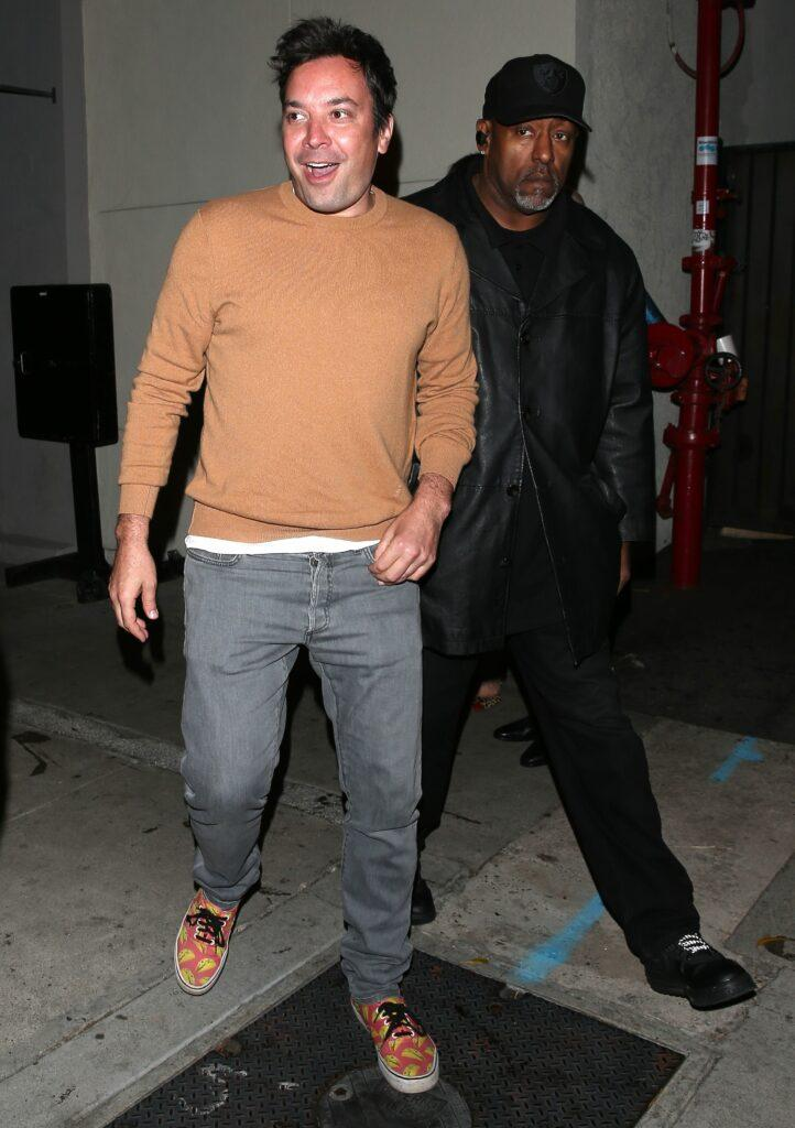 Jimmy Fallon is seen leaving dinner at Craig apos s Restaurant in West Hollywood