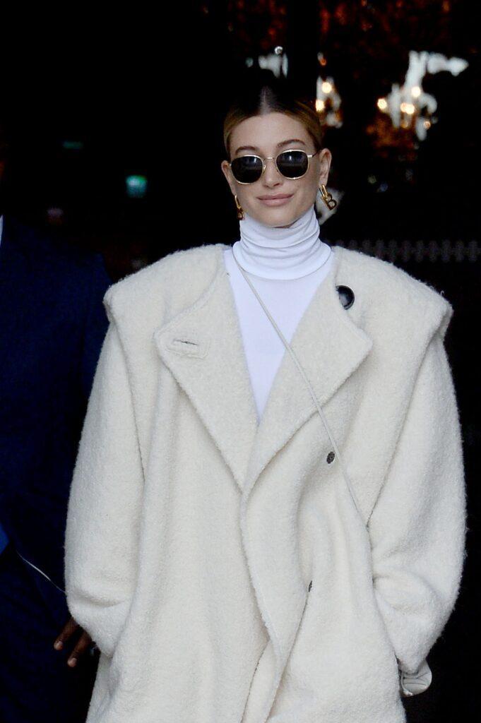 Hailey Baldwin leaves Hotel Crillon while Paris Fashion week