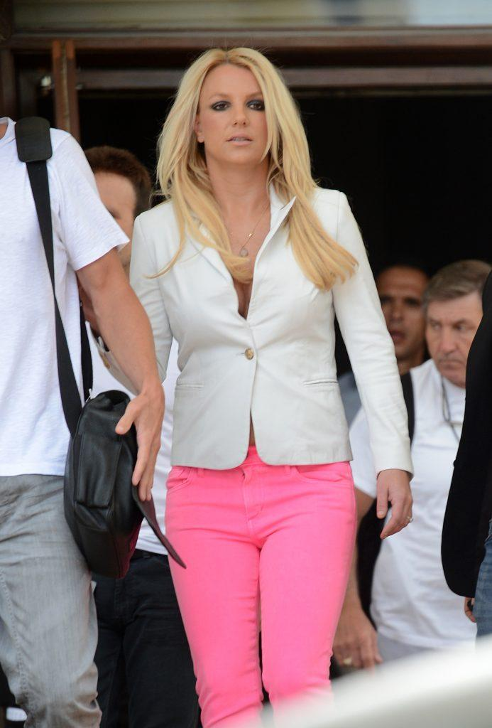 Britney Spears leaves her hotel to the Fillmore Miami Beach for Day 3 taping of The X Factor quot Bootcamp quot in Miami Beach