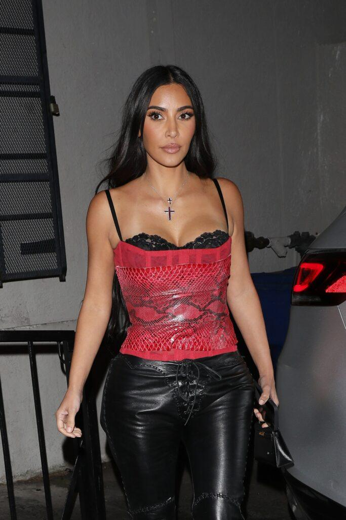 A stylish Kim Kardashian is seen leaving Jon amp Vinny apos s restaurant after having dinner with Scooter Braun and his wife