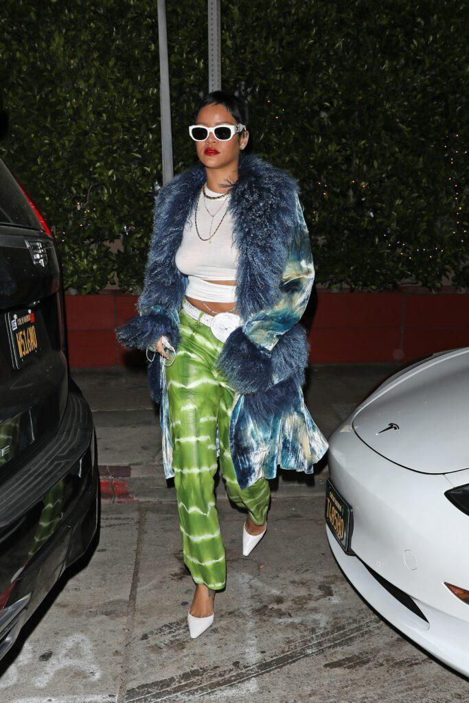 A fashionable Rihanna shows off her new short hair as she heads to Giorgio Baldi restaurant for dinner