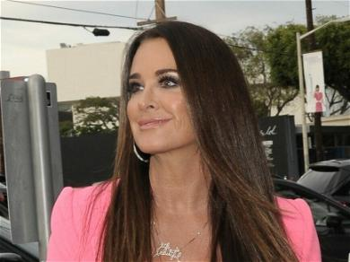 Kyle Richards Jumps In Pool to Avoid Insane Bee Attack!