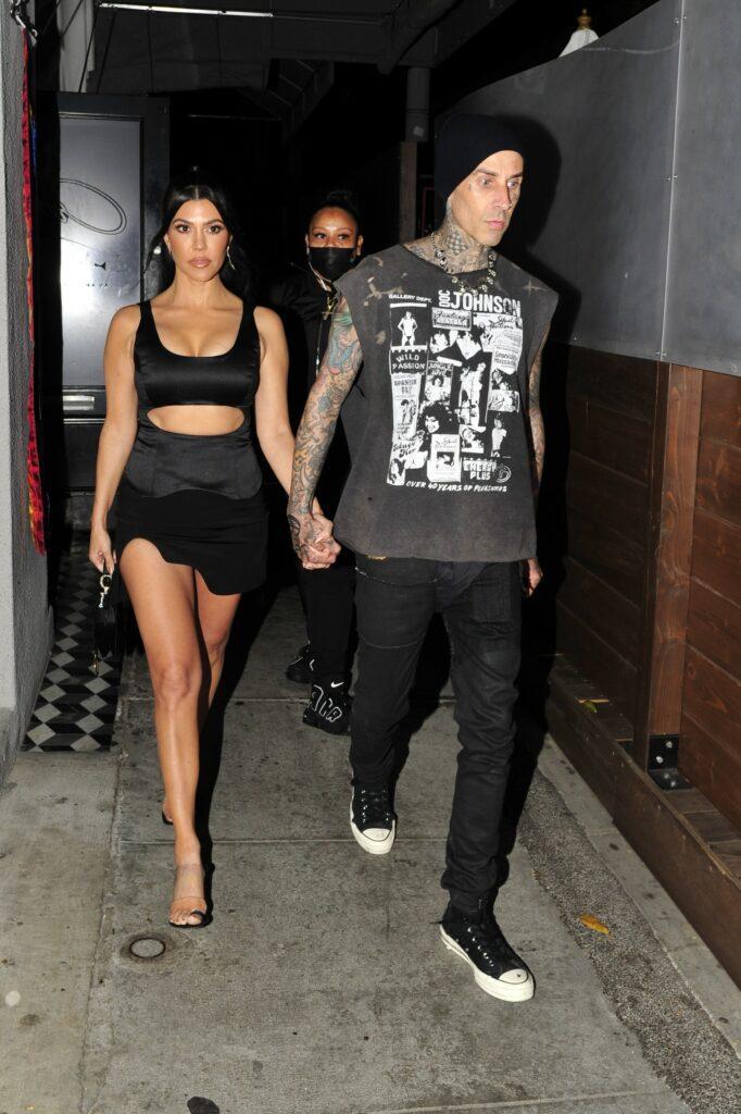 Kourtney Kardashian and Travis Barker dine at Craig apos s