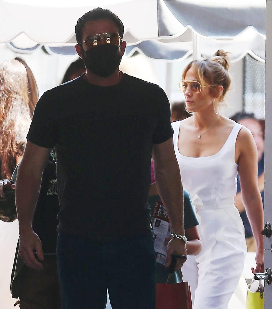 Jennifer Lopez and Ben Affleck tenderly gaze at each other while grabbing lunch with their kids at the Brentwood Country Mart