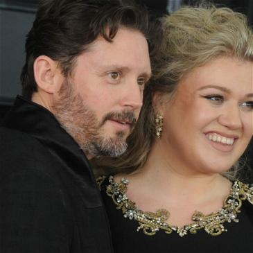 Kelly Clarkson Ordered To Pay Ex-Husband $200,000 Per Month In Support