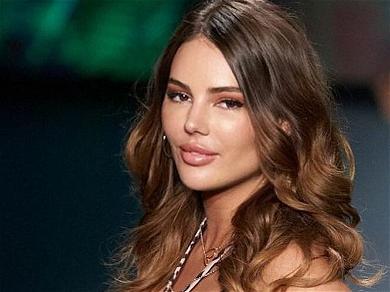 Supermodel Zita Vass Steals The Show At Miami Swim Week!