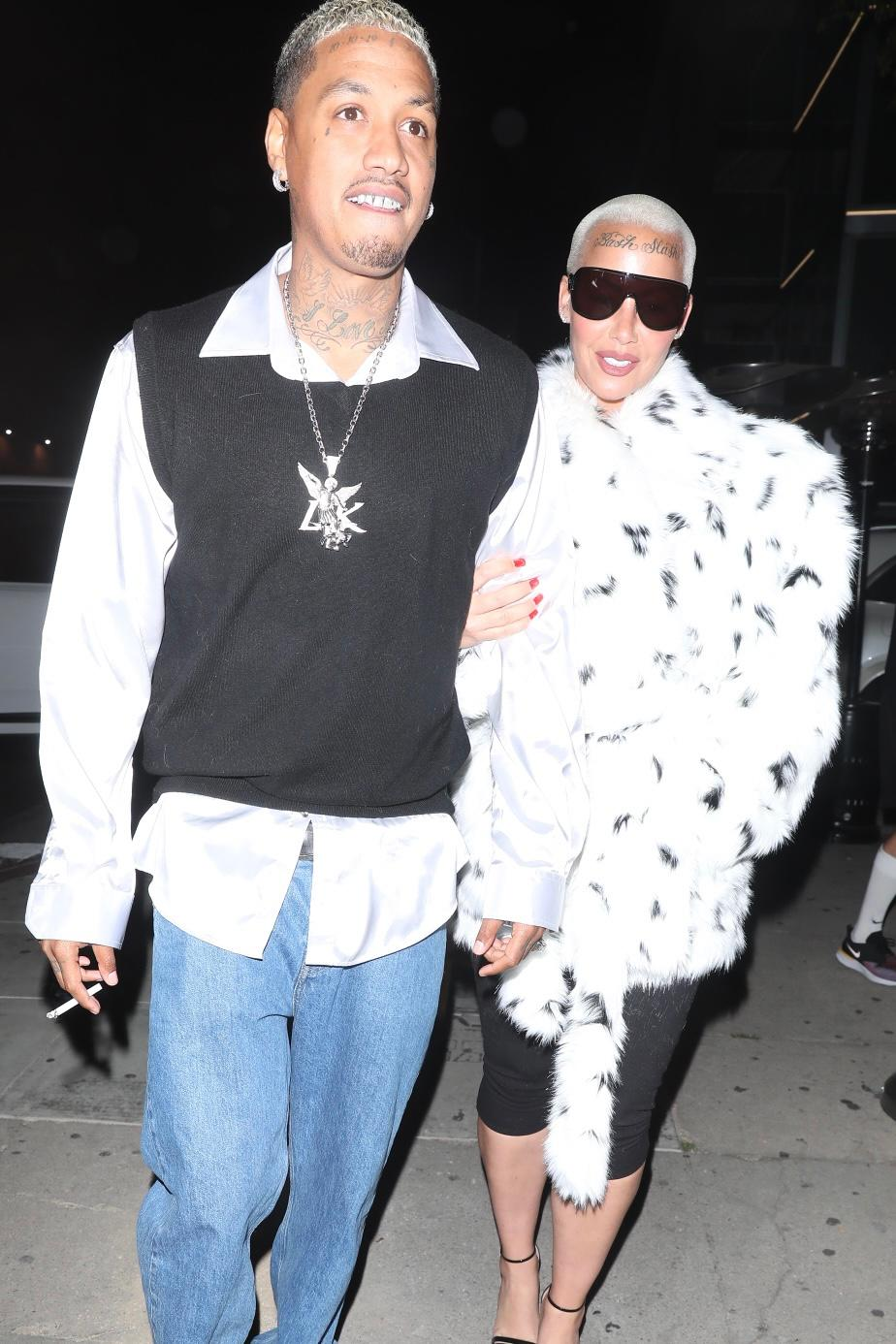 Amber Rose DUMPS Boyfriend On Instagram, Accuses Him Of Cheating With 12 Women!