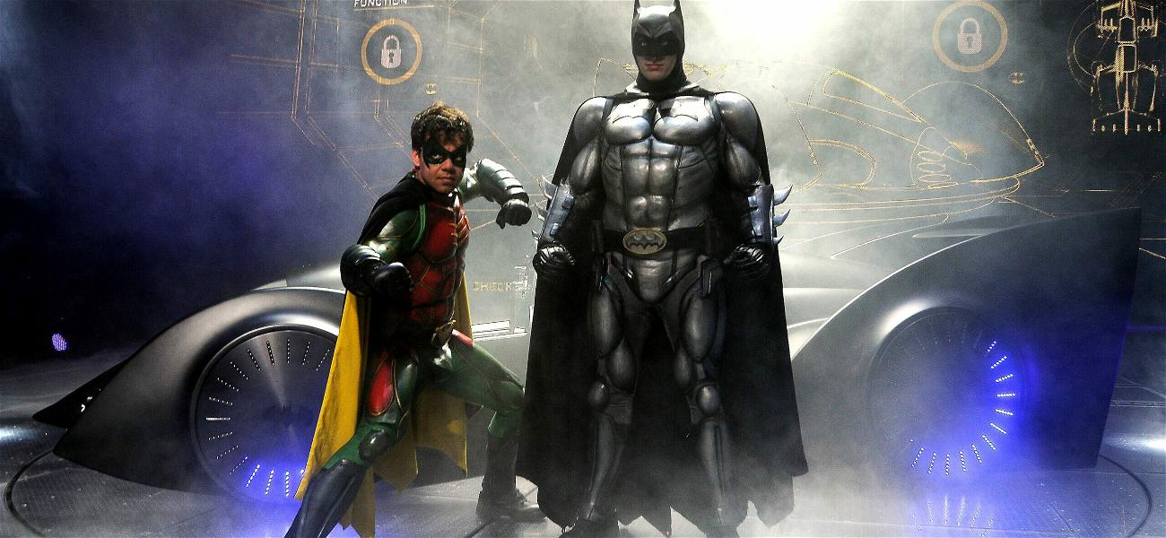 Batman's Sidekick 'Robin' Comes Out As Bisexual In New Comic