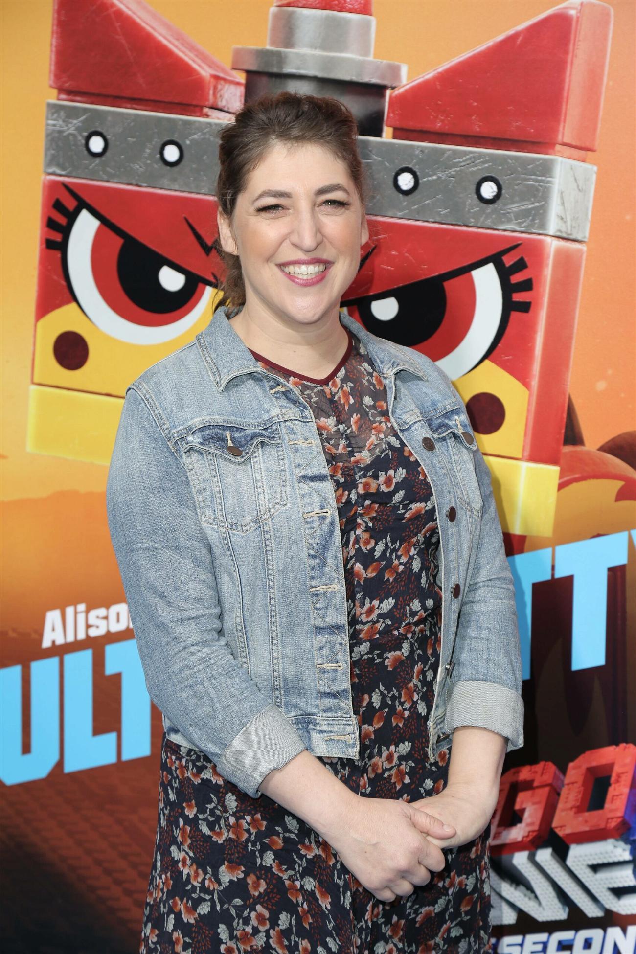 'Big Bang Theory' Star Mayim Bialik Co-Hosting Jeopardy!