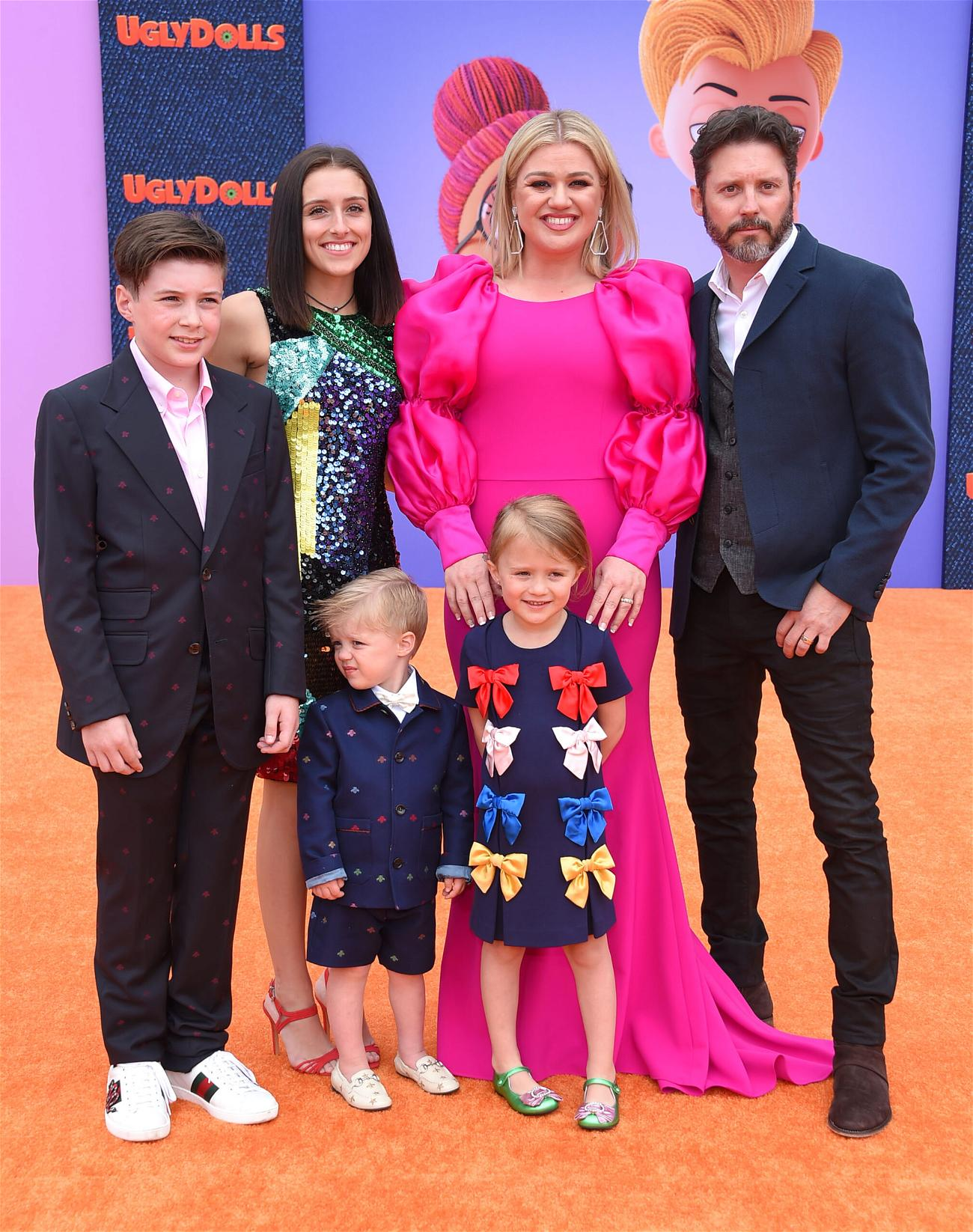 Kelly Clarkson Celebrates Divorce Win On Set Of 'The Voice'