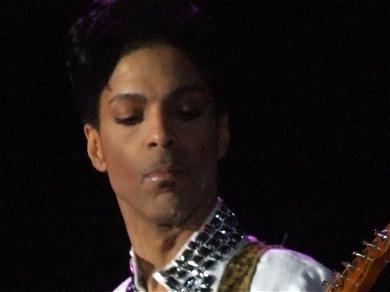 Prince's Substance Abuse Traced Back to Bathtub Injury In New Book
