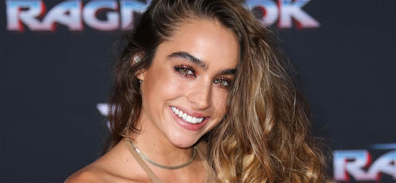 Sommer Ray Lights Instagram ON FIRE With Jacuzzi Twerking Video!