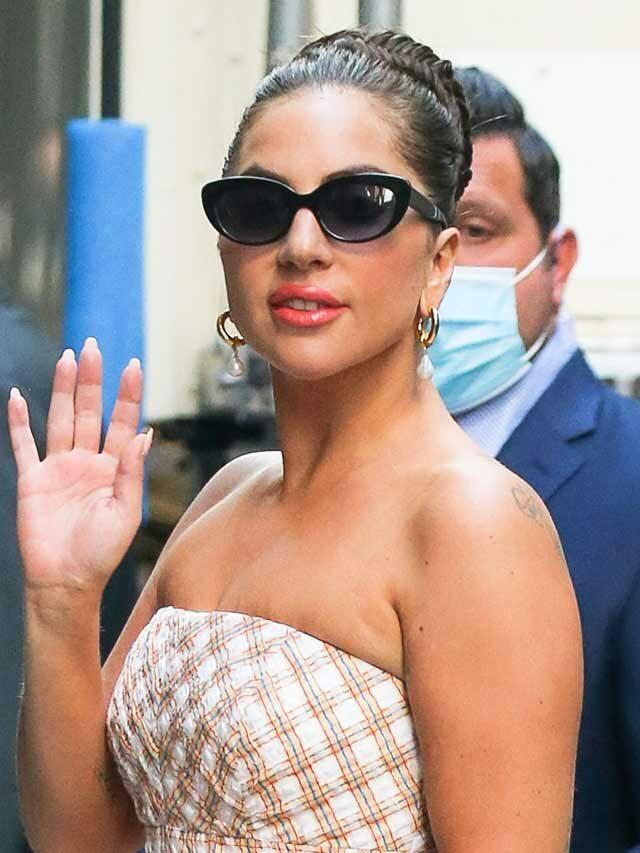 Lady Gaga Fans UPSET Over Dog Walker's Claim Of Being 'Abandoned'