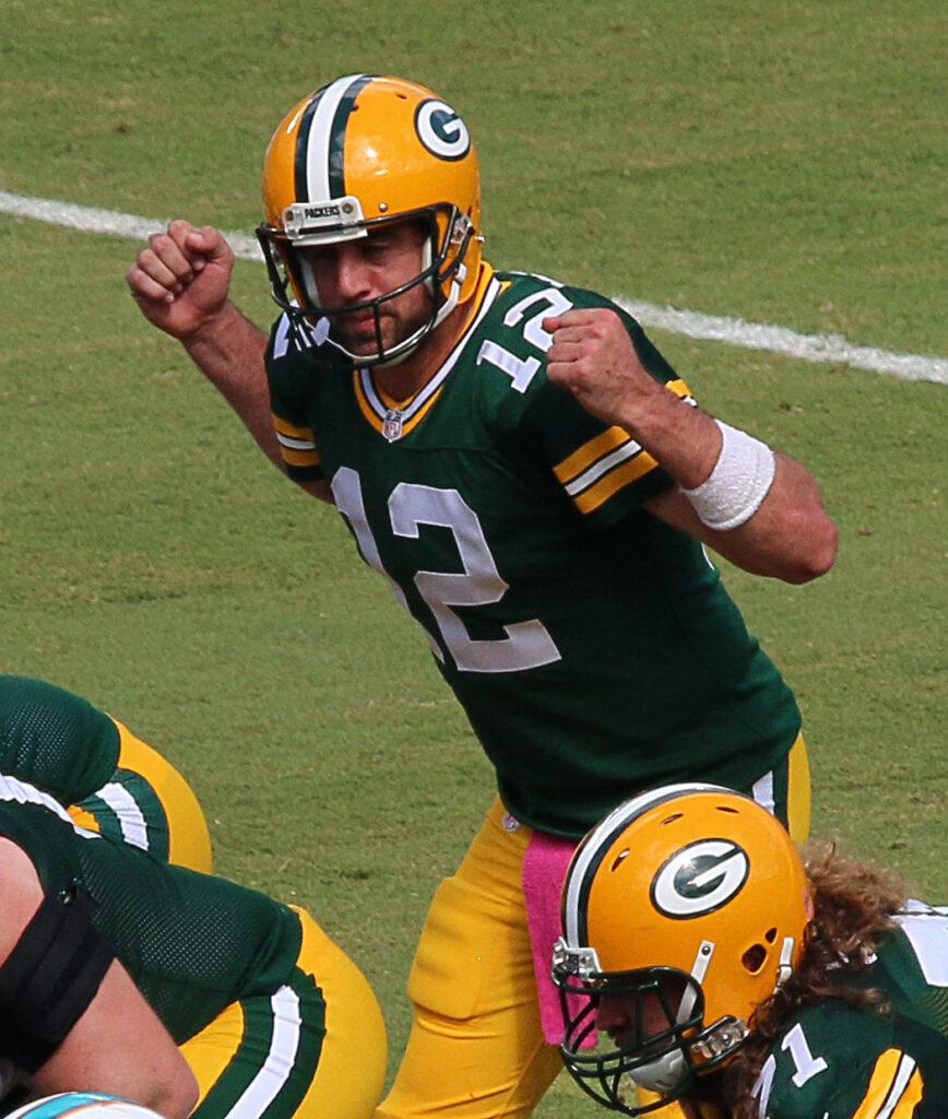 Aaron Rodgers of GB Pakers agrees to record 134M contract extension