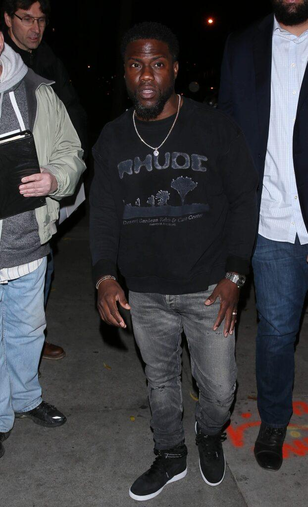 Kevin Hart and his wife were seen arriving for dinner at apos Craigs apos Restaurant in West Hollywood CA