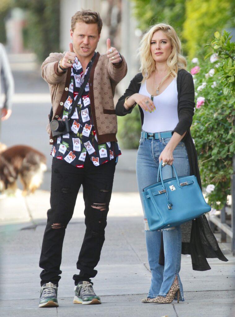 Spencer Pratt takes pictures of Heidi Pratt leaving Alfred apos s Coffee in Studio City