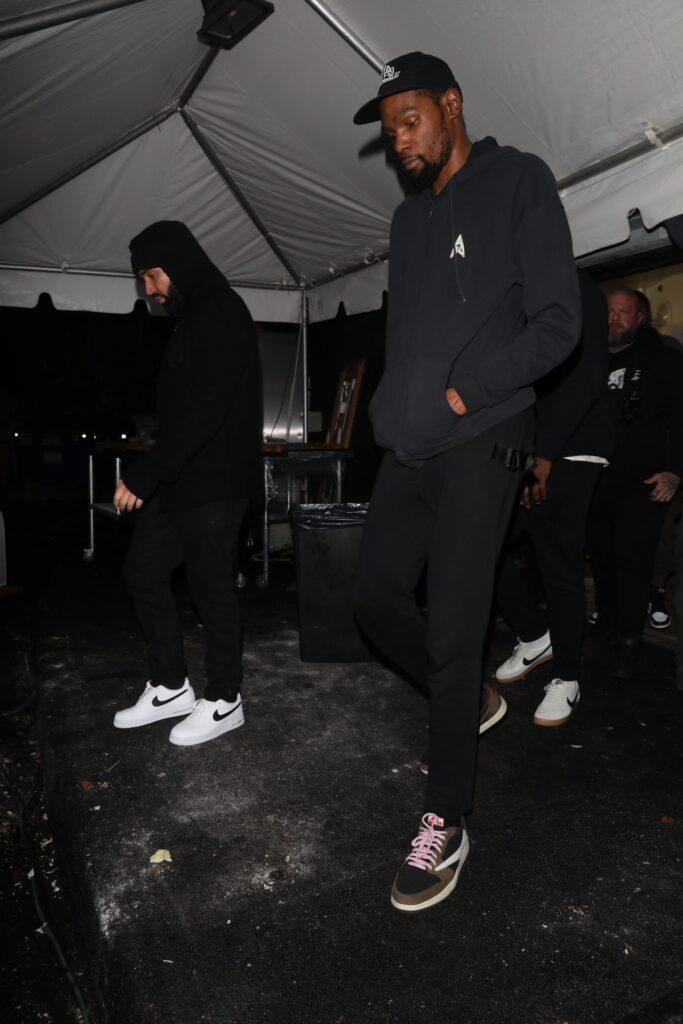 Drake and Kevin Durant are spotted leaving The Nice Guy