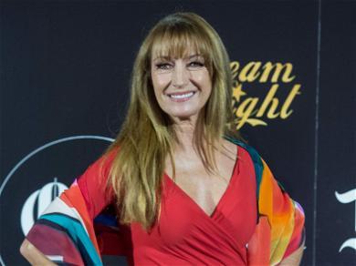 Jane Seymour's Daughter, Flynn, Reveals How She Battles Cyberbullying