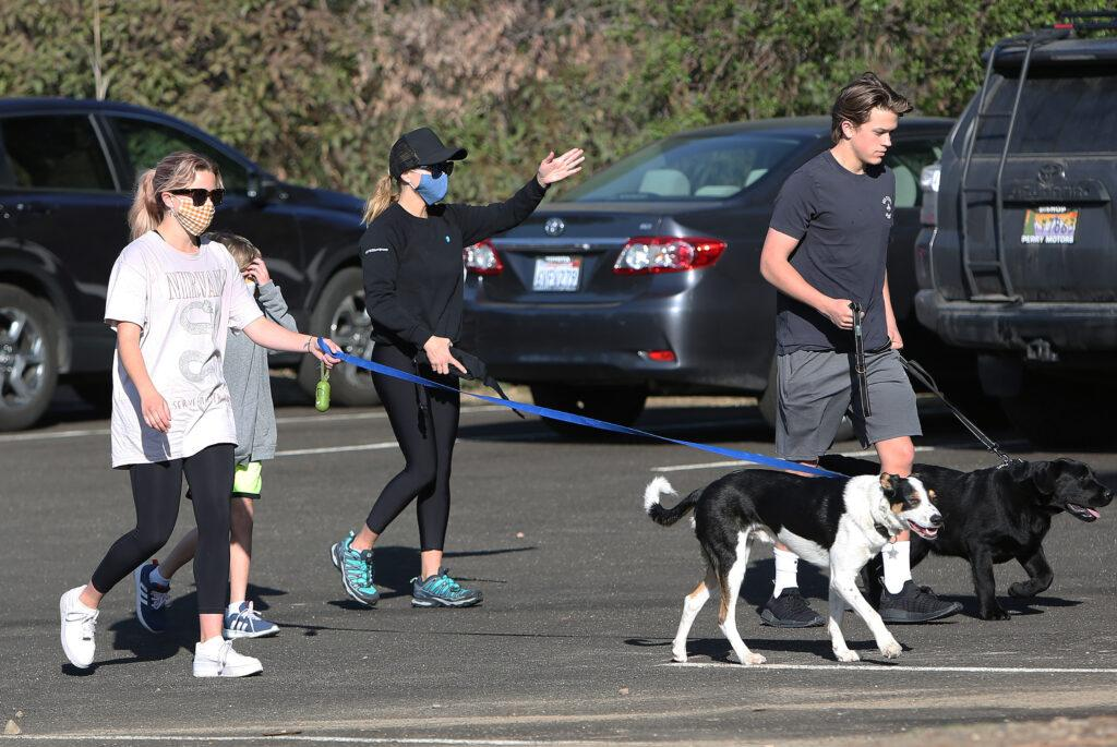 Actress Reese Witherspoon hiking with her family in Los Angeles