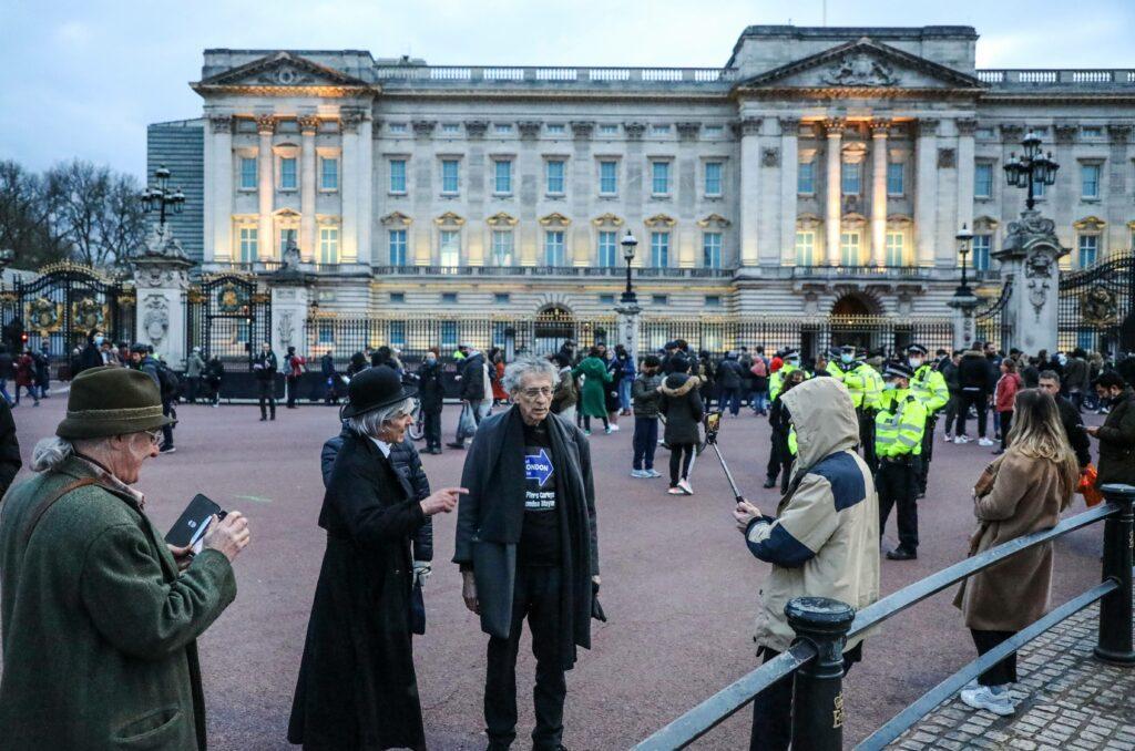 Piers Corbyn Seen Outside Buckingham Palace