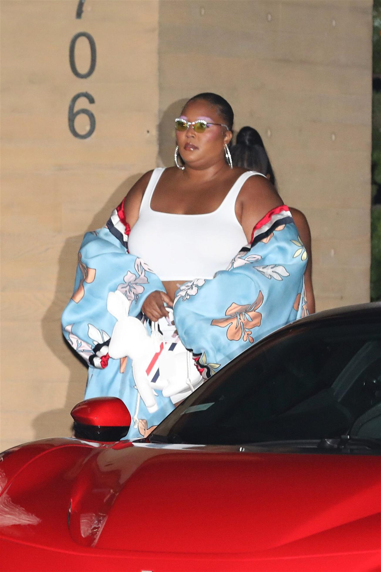 Singer Lizzo dines at Nobu Malibu with friends