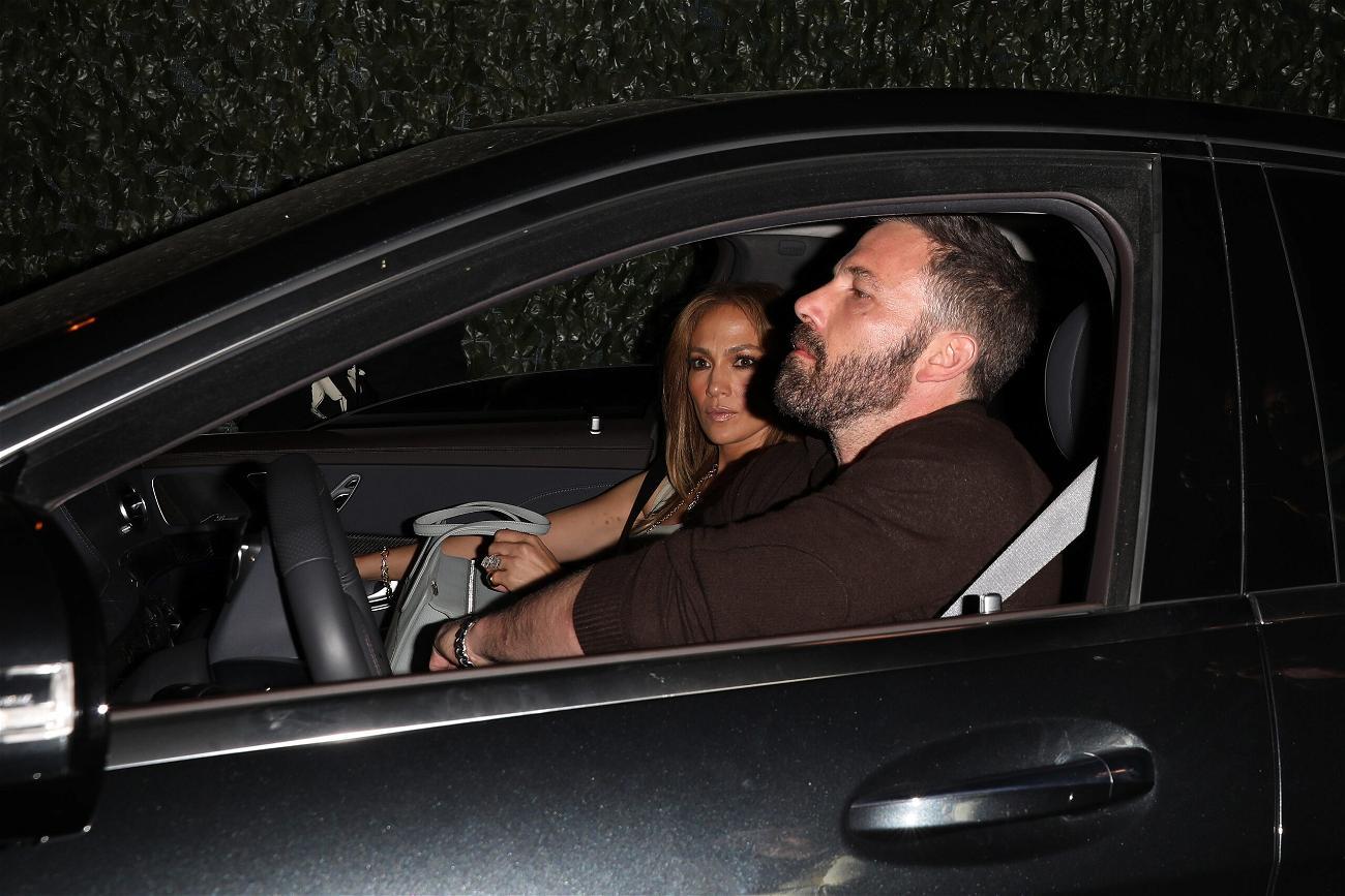Jennifer Lopez and Ben Affleck grabs dinner at LA hot spot Craig apos s