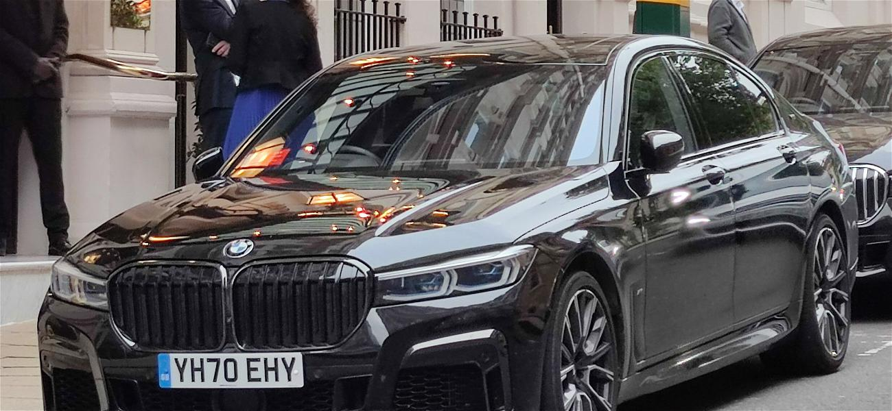 Tom Cruise Gets Luggage Stolen In Hi-Tech Car Heist