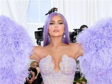 Kylie Jenner Is Freaking Out That Her Empire Might Be 'Crumbling'