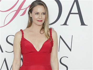 'Clueless' Star Alicia Silverstone Joins Dating App 'Bumble' Following Divorce