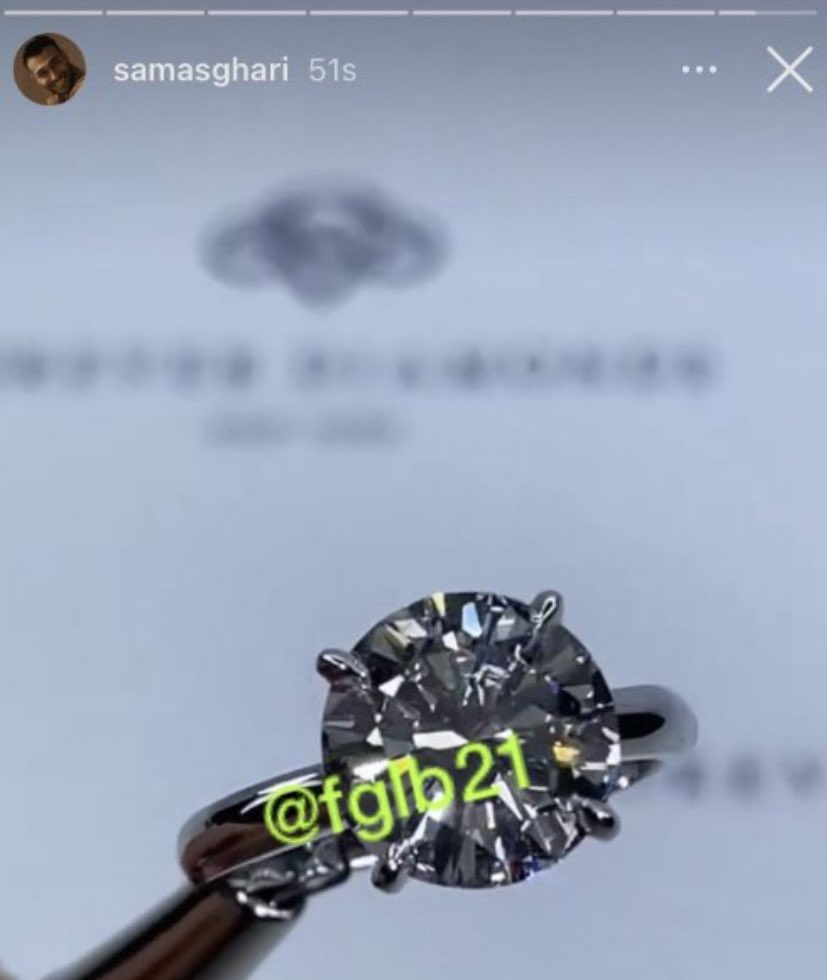 Britney Spears' Boyfriend IG Gets Hacked, Posts Picture Of Engagement Ring?!