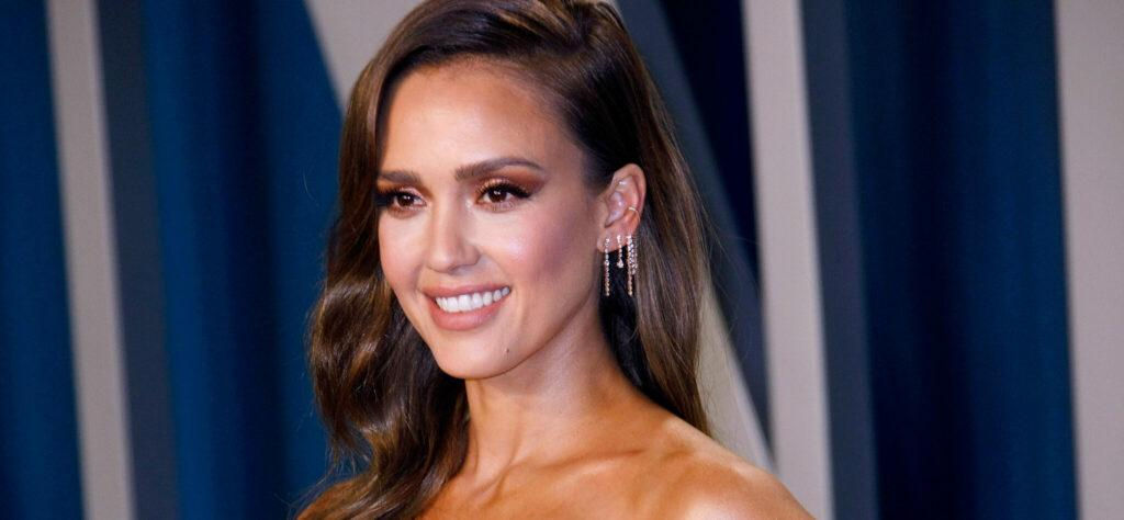 Jessica Alba's Daughter Is An 8th Grader?! See The Stunning Photos!