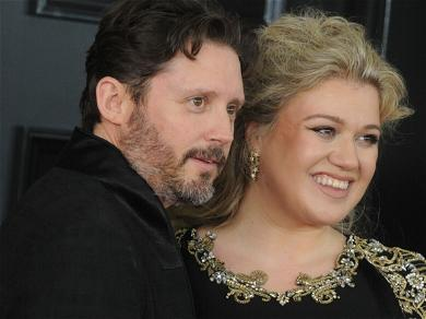 Kelly Clarkson's Famous Name Is Restored During Ongoing Divorce Drama
