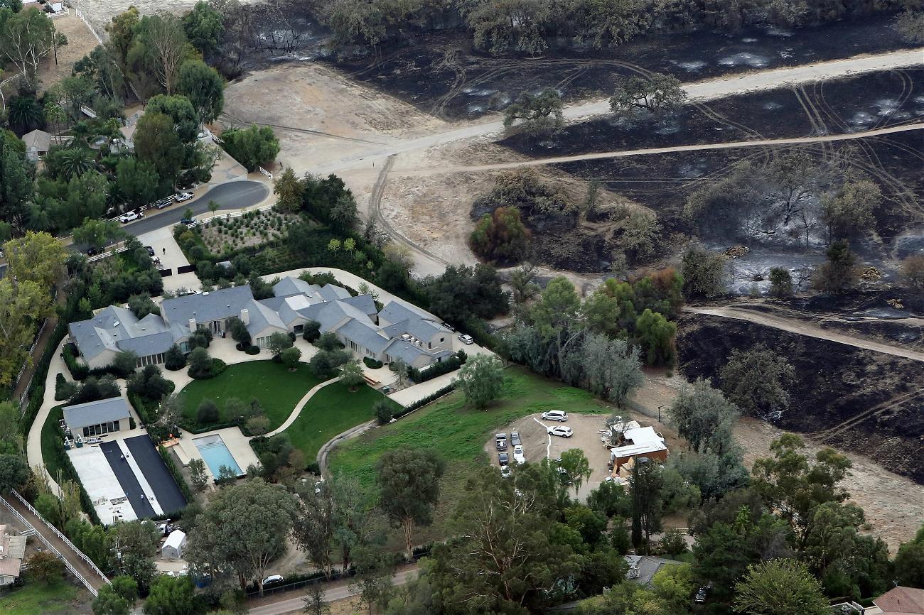 Kim Kardashian At War With Neighbors Over Construction Of A 'Subterranean Vault'