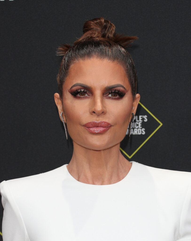 Lisa Rinna 45th Annual Peoples Choice Awards in Los Angeles